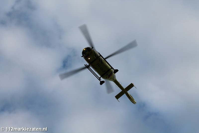 Traumahelikopter ingezet voor een medische noodsituatie in centrum Tholen