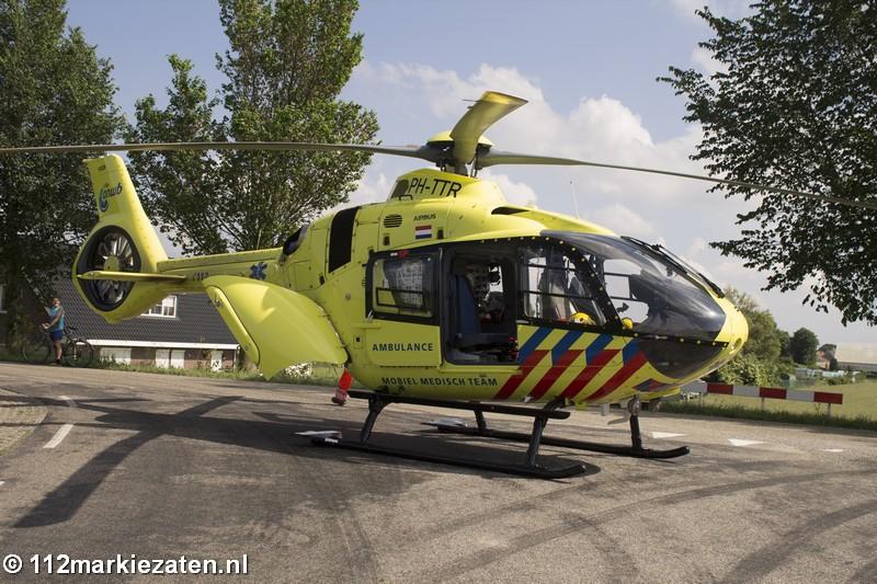 Traumahelikopter ingezet voor val van hoogte in Oud-Vossemeer