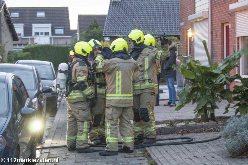 Brandweer rukt uit voor melding van binnenbrand in Sint-Annaland