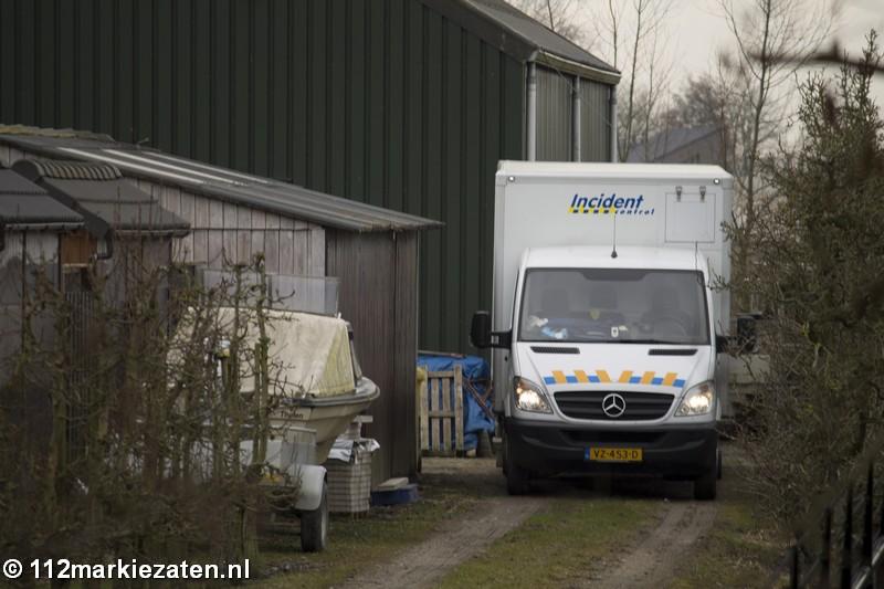 Hennepkwekerij gevonden in loods, twee personen aangehouden