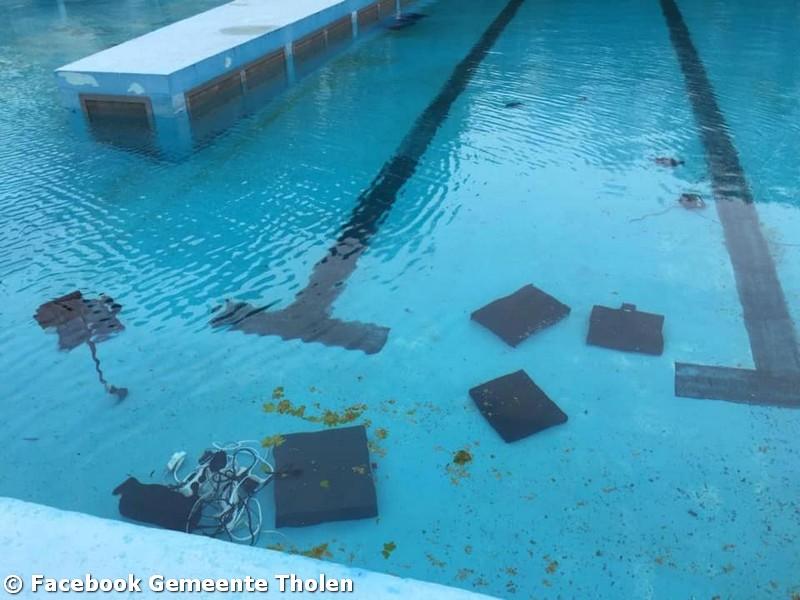 Vernielingen zwembad Haestinge, opening mogelijk uitgesteld