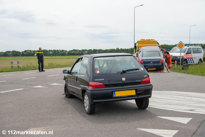 Bestuurder gewond na ongeval op Steenbergseweg