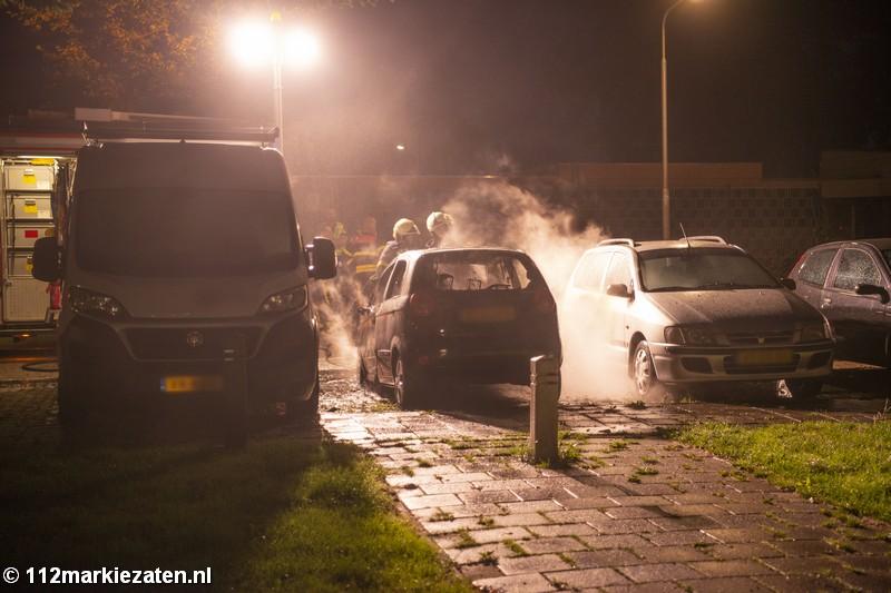 Drie voertuigen beschadigd bij voertuigbrand Halsteren