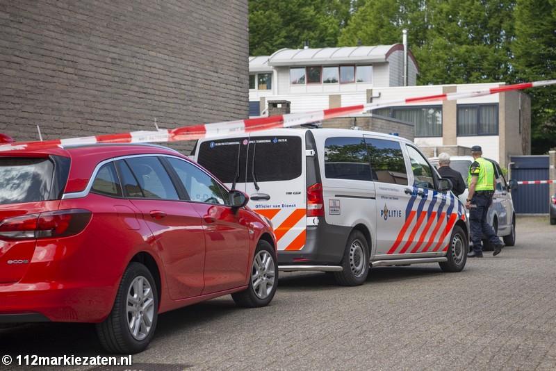 Politie schiet persoon neer in Halsteren, traumahelikopter opgeroepen