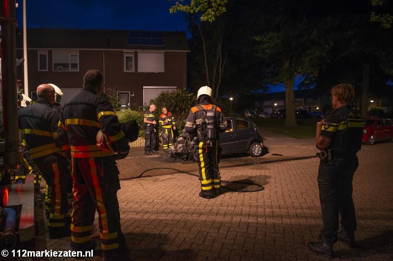 Opnieuw auto uitgebrand in Halsteren