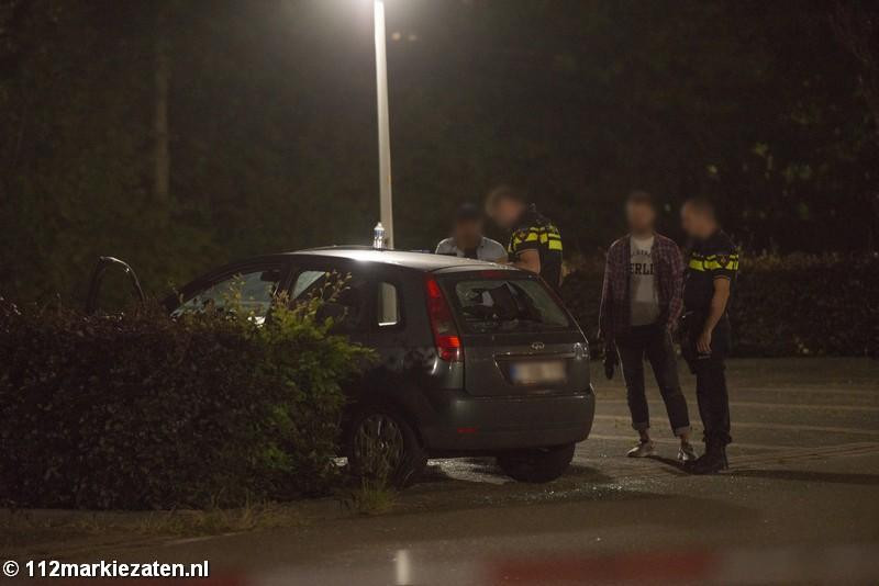 Meerdere aanhoudingen en alarmrevolvers aangetroffen na vechtpartij in Hoogerheide