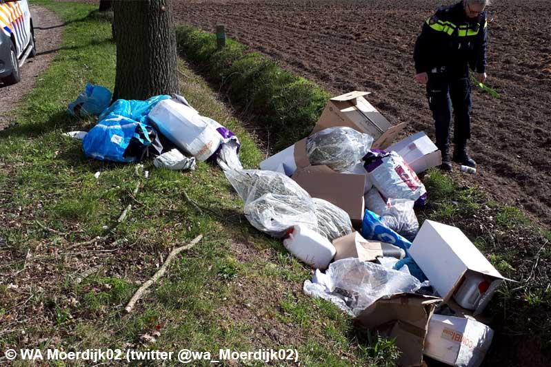 Hennepafval aangetroffen in sloot bij Huijbergen