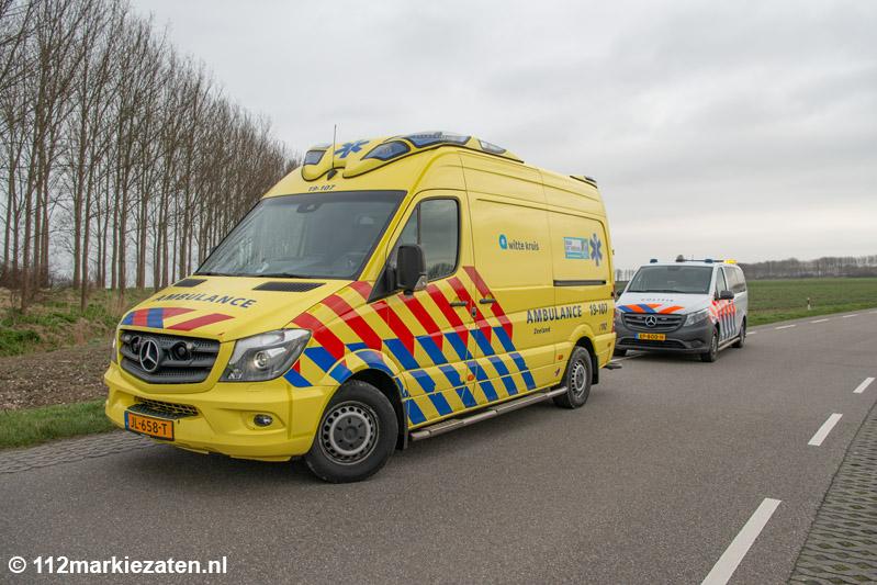 Auto in de sloot bij eenzijdig ongeval Sint-Annaland