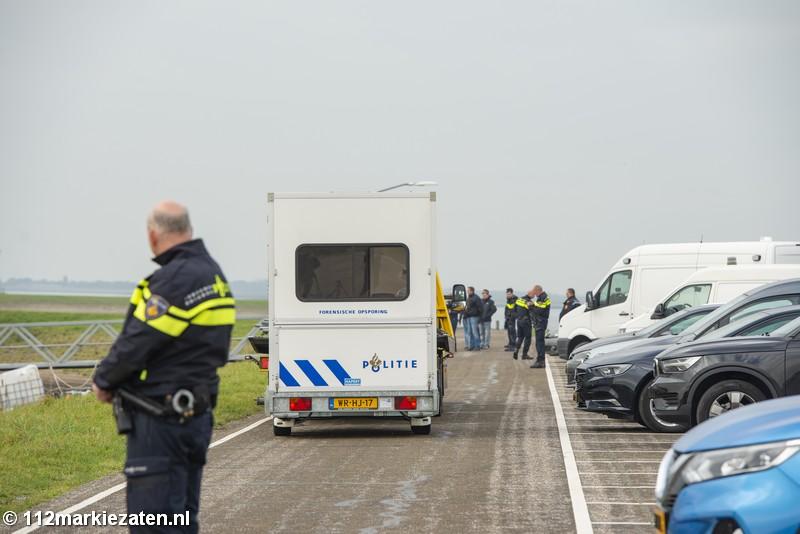 Tientallen rechercheurs ingezet na aantreffen van overleden man in Tholen