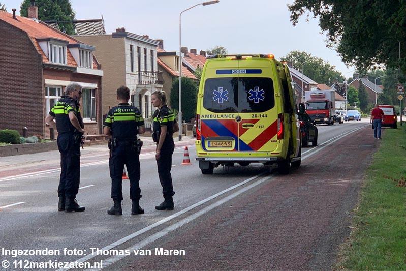 Voetganger gewond na aanrijding met auto op de Halsterseweg