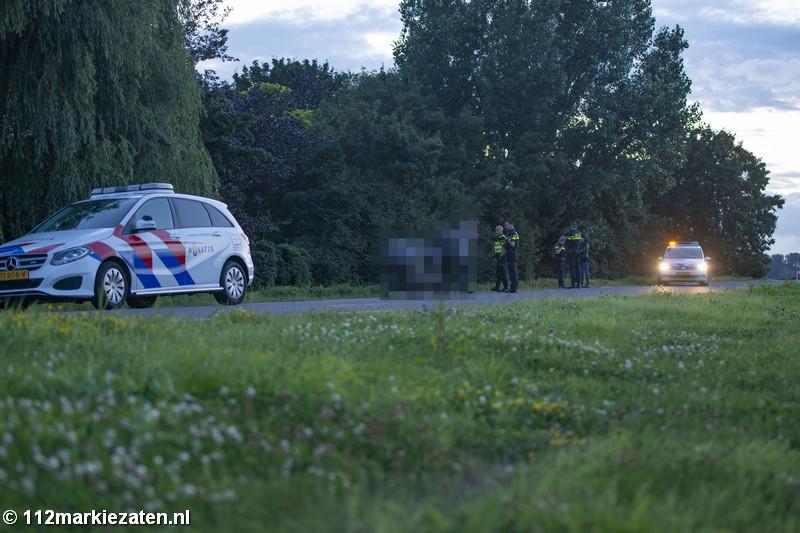 Motorrijder van de Hiksedijk bij Oud-Vossemeer, traumahelikopter opgeroepen