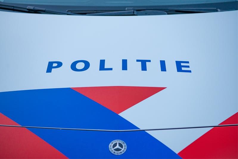 Man (19) geeft zich uit voor politieman met vals politielegitimatiebewijs