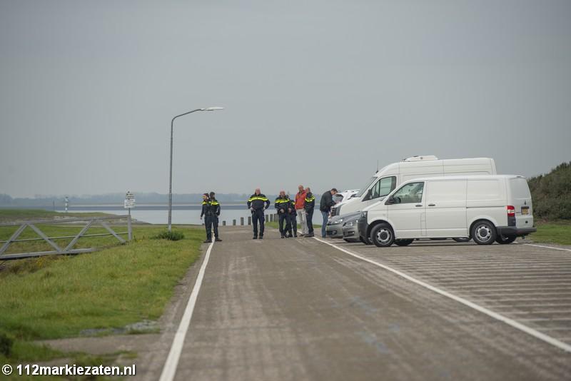 Rechercheteam neemt bus in beslag, mogelijk link naar dode man Oesterdam